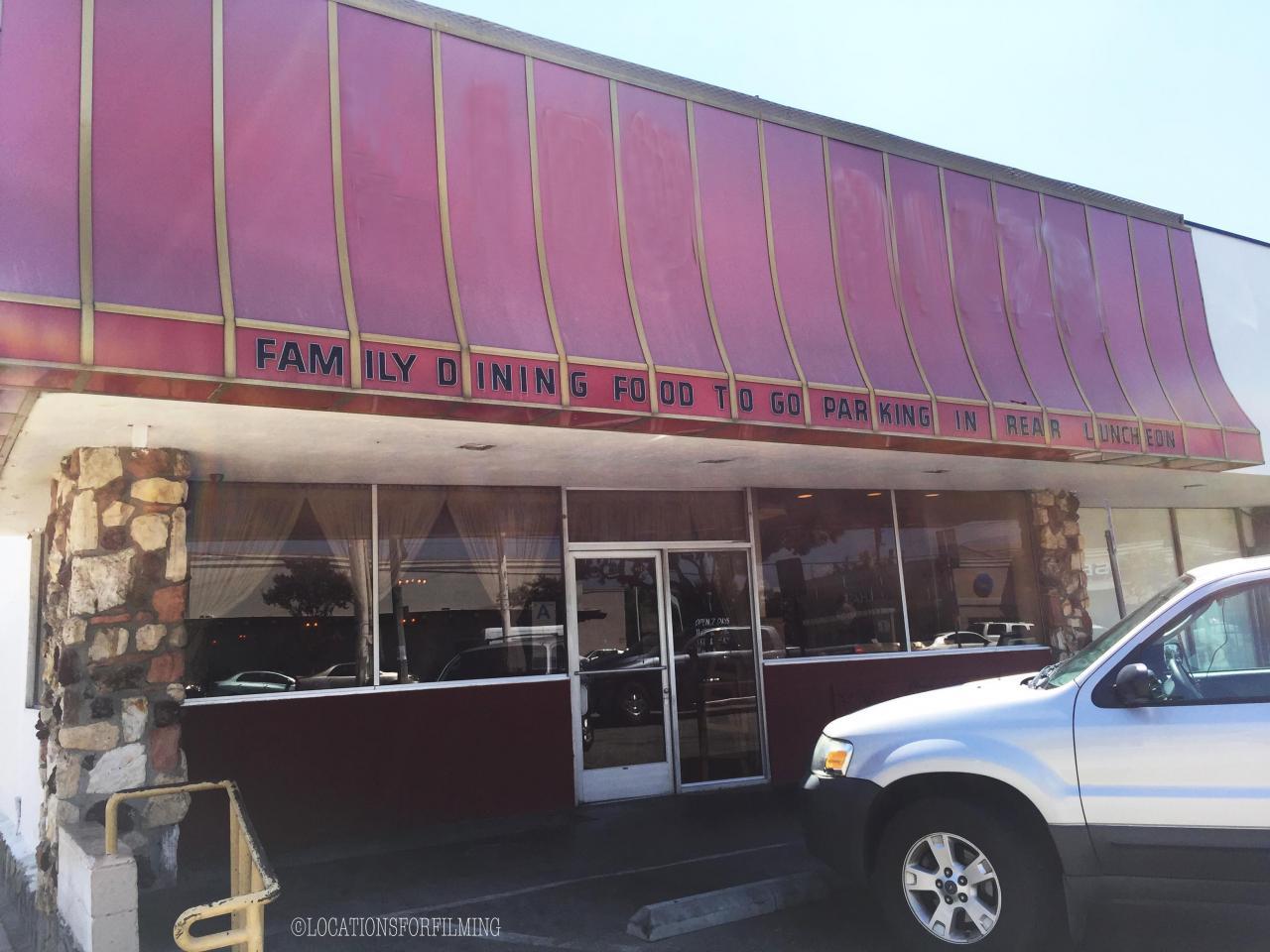 JM - V - Restaurant